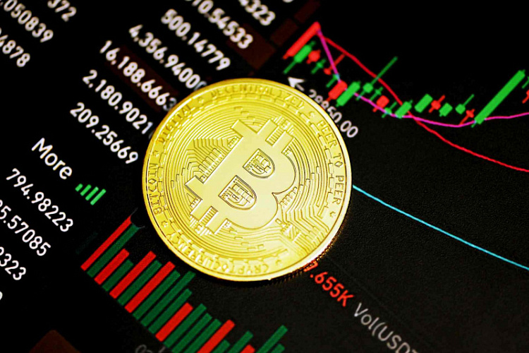 Bitcoin uguale a satoshi, a bitcoin uguale satoshi